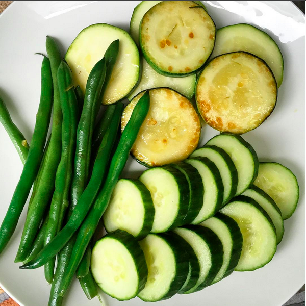 Raw cucumbers, and lightly sauteed zucchini and green beans with a little sunflower oil and garlic.